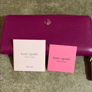 Kate Spade berry leather wallet NWOT